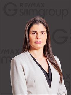 Daniela Silva - Designer Gráfica - RE/MAX - Lumiar