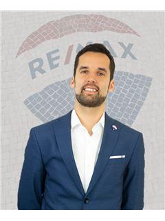 Bruno Sales - RE/MAX - Mar