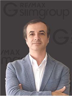 Jorge Ferreira - RE/MAX - SiimGroup Miraflores