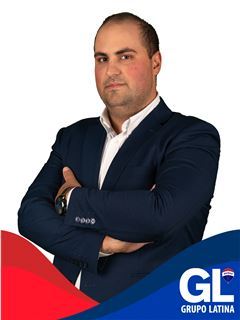 Office Staff - Carlos Cunha - RE/MAX - Latina II