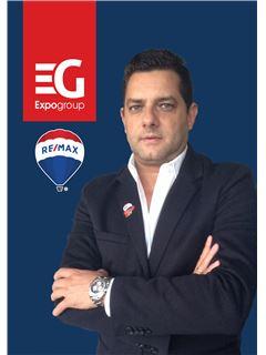 Victor Ramos - RE/MAX - Expo II