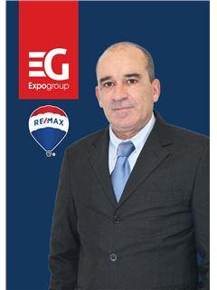 Associate in Training - José Amorim - RE/MAX - Expo