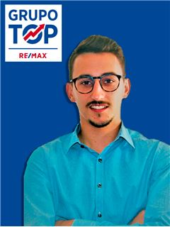 Vitor Fileno - Gestor de Acompanhamento - RE/MAX - Top III