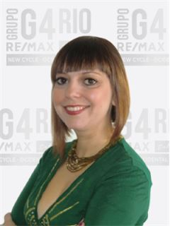 Office Staff - Fátima Pereira - RE/MAX - G4 Rio