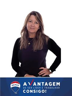 Simone Lerner - RE/MAX - Vantagem Central