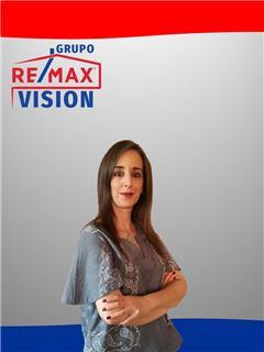 Office Staff - Regina Gomes - RE/MAX - Vision II
