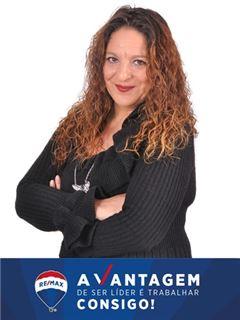 Carla Infante - RE/MAX - Vantagem Gaya