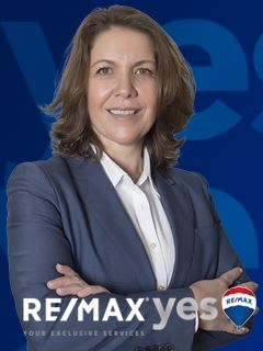 Michelle Lins - RE/MAX - Yes