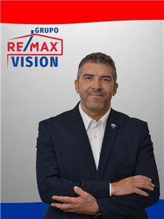 José Júlio - RE/MAX - Vision