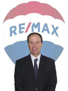 Broker/Owner - Miguel Tavares - RE/MAX - Ilha