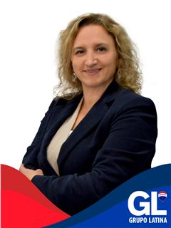 Adriana Machado - RE/MAX - Latina Business