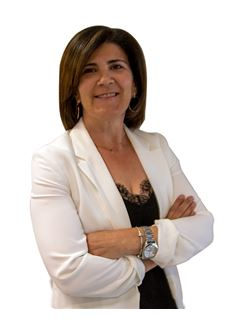 Maria Pinto - RE/MAX - Champion