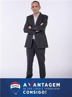 Financial Advisor - José Pereira - RE/MAX - Vantagem Gaya