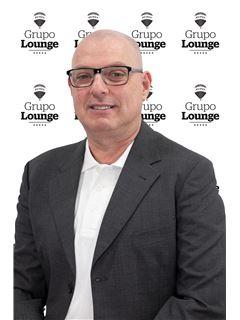 Carlos Severino - RE/MAX - Lounge III