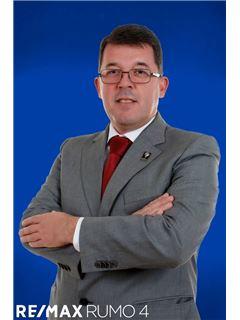 Joaquim Carita - RE/MAX - Rumo IV