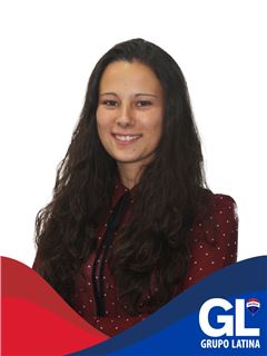 Office Staff - Vera Ribeiro - RE/MAX - Latina Business
