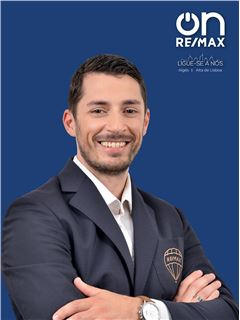 Director(a) de Recursos Humanos - Paulo Esteves - RE/MAX - On