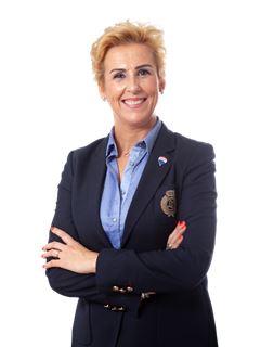 Fernanda Loureiro - Broker Owner - RE/MAX - Trust II