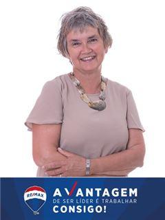 Manuela Reynolds - RE/MAX - Vantagem Agraço