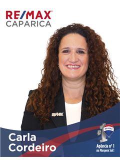 Carla Cordeiro - Chefe de Equipa Carla Cordeiro - RE/MAX - Caparica