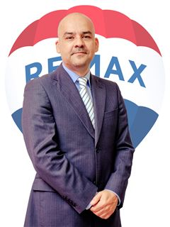 Broker/Owner - Daniel Ferreira - RE/MAX - Up