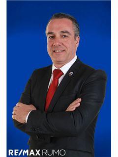 Luís Hernandez - Chefe de Equipa - RE/MAX - Rumo