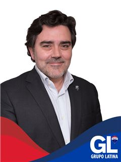 Broker/Owner - João Pedro Soares Marques - RE/MAX - Latina II
