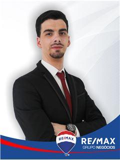 Tiago Costa - RE/MAX - Negócios II