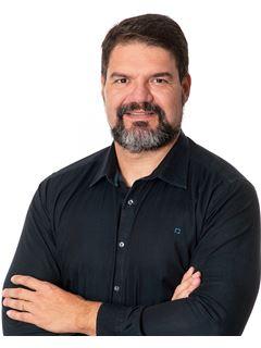 Daniel Nevoni - Membro de Equipa Vítor Paiva - RE/MAX - Universal