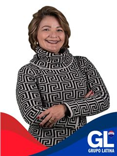 Karla Azevedo - RE/MAX - Latina II