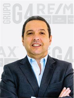 Kontorsägare & Reg. Fastighetsmäklare - Pedro Monteiro - RE/MAX - G4 Cais