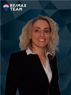 Mortgage Advisor - Dora Sequeira - RE/MAX - Team V
