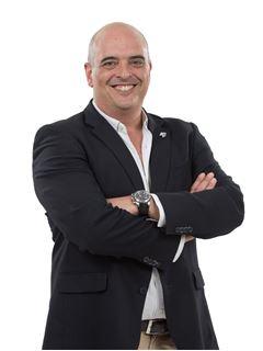 Miguel Dams - Chefe de Equipa Miguel Dams - RE/MAX - Now