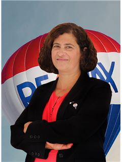 Olga Sengo - RE/MAX - Market
