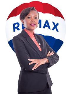 Sandra Giroud - RE/MAX - Up