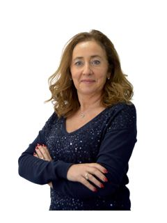 Helena Ferreira - RE/MAX - Pinheiro Manso