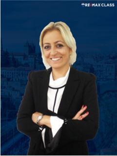 Broker/Owner - Joana Azevedo - RE/MAX - Class II