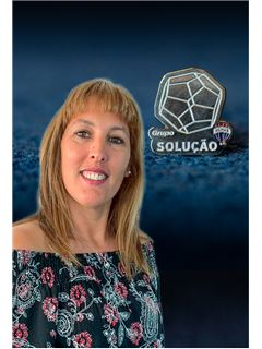 Sofia Pinheiro - Membro de Equipa Helder Carminé - RE/MAX - Solução