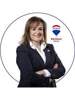 Office Staff - Ana Messenário - RE/MAX - Ideal