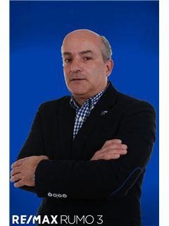 Luís Oliveira - RE/MAX - Rumo III