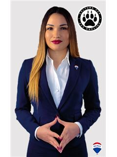 Financial Advisor - Mihaela Scolnii - RE/MAX - Alcateia