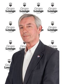 Enrique Ahumada - RE/MAX - Lounge