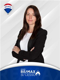 Helena Fernandes - RE/MAX - Sucesso