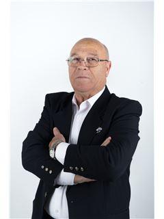 Gilberto dos Anjos Carvalho - RE/MAX - Altitude