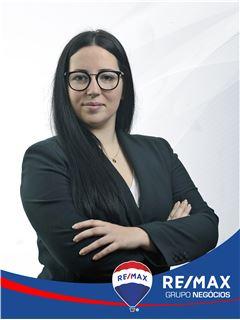 Rafaela Bastos - RE/MAX - Negócios II