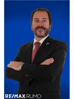 Pedro Valente - Membro de Equipa Luís Hernandez - RE/MAX - Rumo