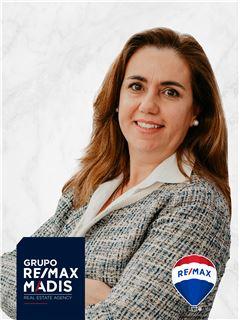 Carmen Neto - Parceria com Sandra Vilar - RE/MAX - Madis