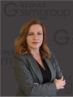 Sarita Carvalho - RE/MAX - SiimGroup Miraflores