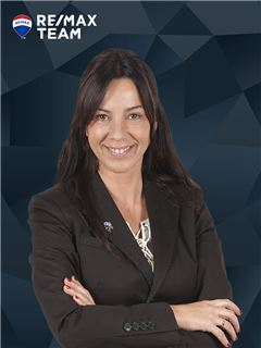 Sofia Menezes - RE/MAX - Team