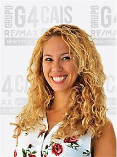 Renata Tocalino - Departamento de Recursos Humanos - RE/MAX - G4 Cais